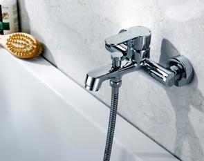 Смеситель для ванны и душа BelBagno Adige ADI-VASM-CRM