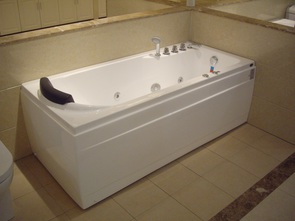 Ванна акриловая Gemy G9006